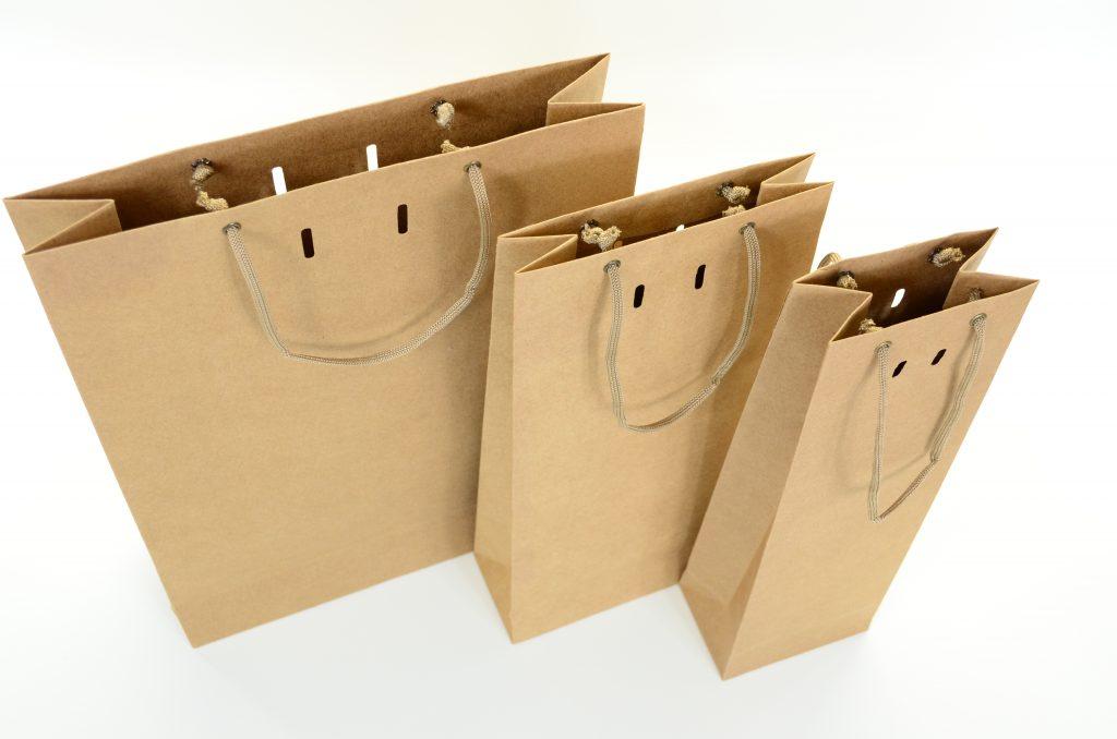 Três sacolas para produtos artesanais para presentear a namorada