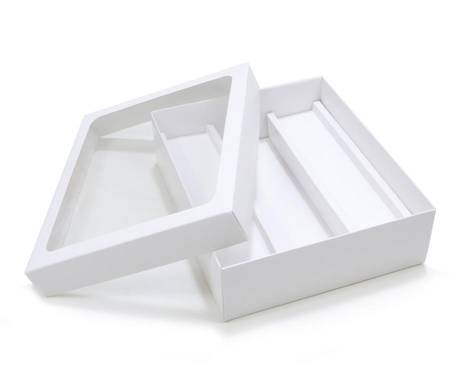 Embalagem branca em formato de caixa para bebidas - dicas de embalagens para vinho